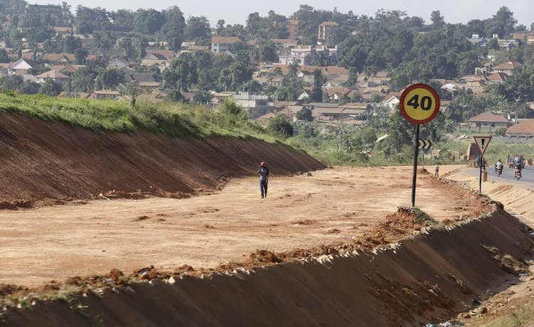 Photo: The Kampala-Entebbe Expressway under construction, 17 February 2016. Source: The Coversation | Dai Kurokawa/EPA