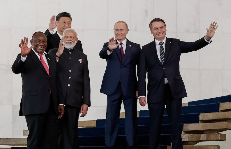 Photo: Group photo of leaders (left to right) of South Africa, India, China, Russia and Brazil at 2019 BRICS summit in Brasilia. CC BY 2.0