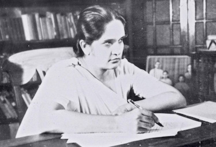 Sirimavo Bandaranaike, Prime Minister of Ceylon, 1960. In 1961, she attended the Conference on Non-Aligned Nations in Belgrade, Yugoslavia. She was a key player in reducing tensions between India and China after their 1962 border dispute erupted into the Sino-Indian War. Source; Wikimedia Commons.
