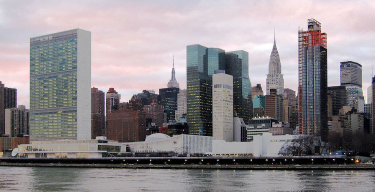 Photo: United Nations Headquarters in New York City, view from Roosevelt Island. CC BY-SA 3.0