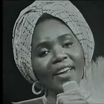 """Togolese songbird"" – Bella Bellow. Source: La Musicaliste"