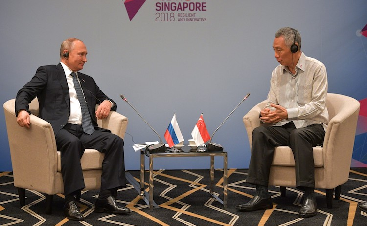 Photo: Russian President Vladimir with Prime Minister of Singapore Lee Hsien Loong. Credit: en.kremlin.ru